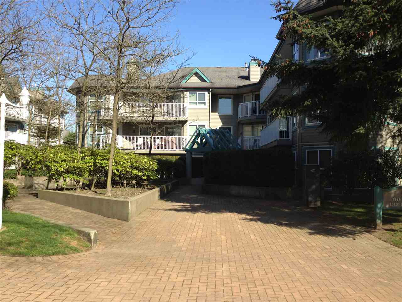 "Main Photo: 307 15120 108 Avenue in Surrey: Bolivar Heights Condo for sale in ""RIVER POINTE 'FRASER'"" (North Surrey)  : MLS® # R2199507"