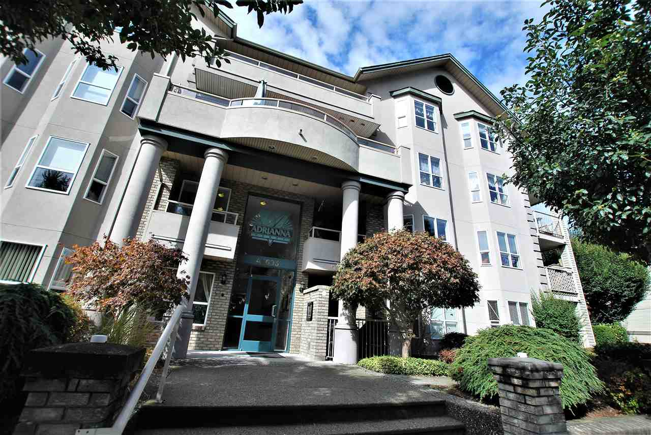 "Main Photo: 302 46693 YALE Road in Chilliwack: Chilliwack E Young-Yale Condo for sale in ""THE ADRIANNA"" : MLS® # R2207906"