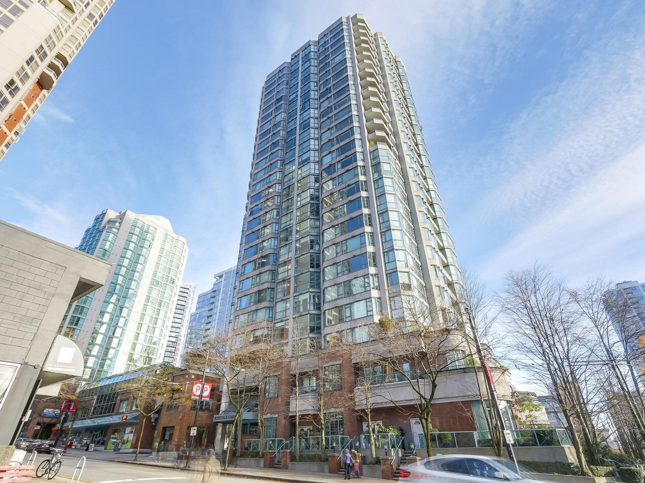 "Main Photo: 888 HAMILTON STREET in Vancouver: Downtown VW Condo for sale in ""Rosedale Garden"" (Vancouver West)"