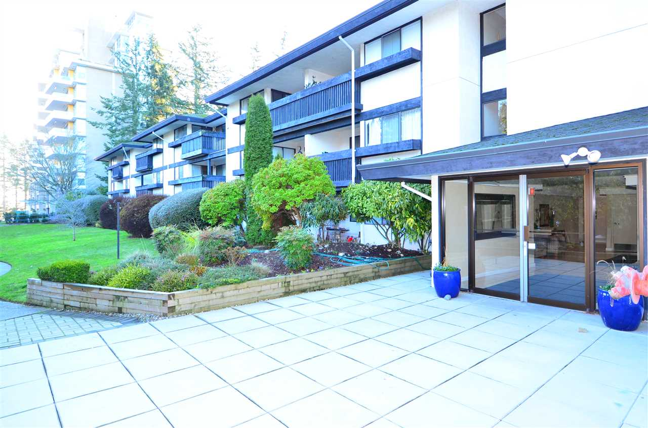"Main Photo: 318 1561 VIDAL Street: White Rock Condo for sale in ""RIDGECREST"" (South Surrey White Rock)  : MLS® # R2227162"