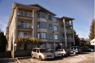 Main Photo: 401 8537 YOUNG Road in Chilliwack: Chilliwack W Young-Well Condo for sale : MLS® # R2241875