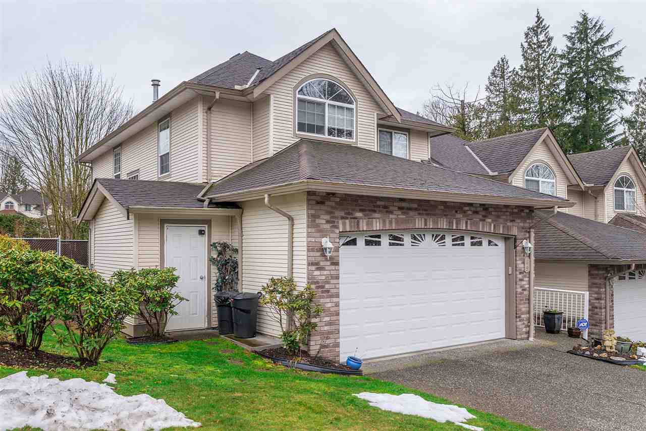 "Main Photo: 69 32777 CHILCOTIN Drive in Abbotsford: Central Abbotsford Townhouse for sale in ""Cartier Heights"" : MLS®# R2244254"