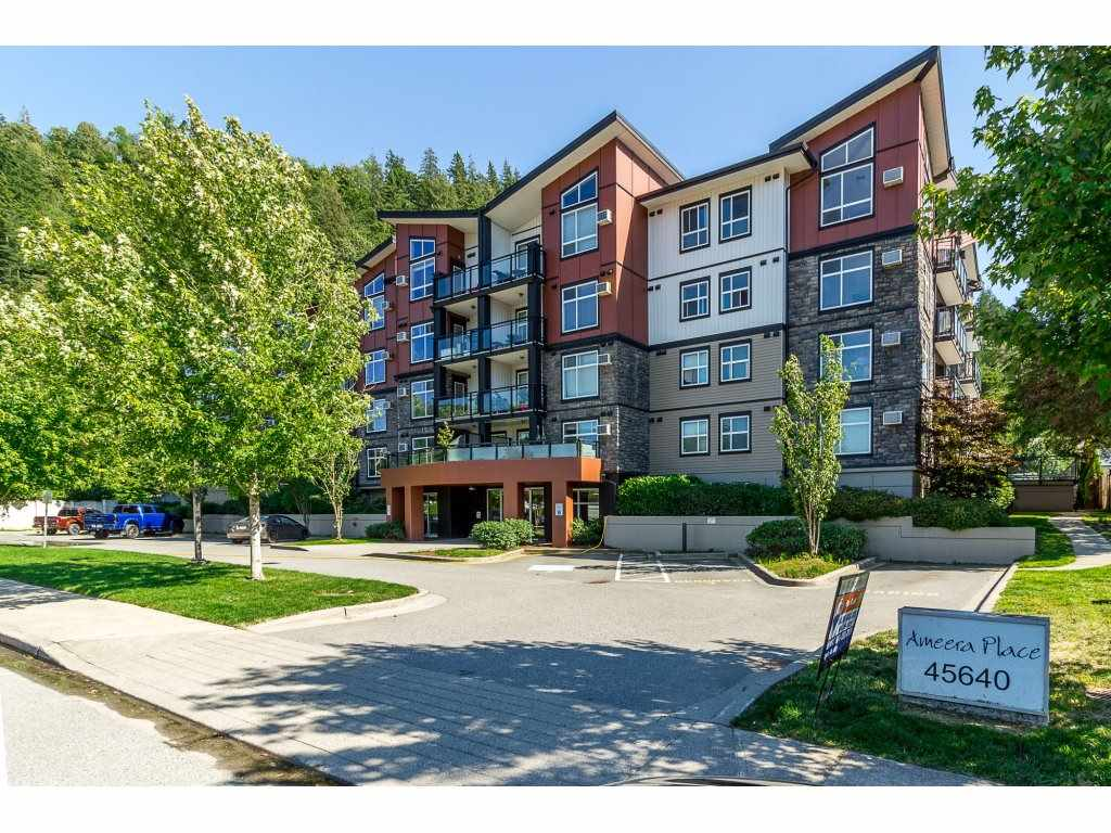 "Main Photo: 405 45640 ALMA Avenue in Sardis: Vedder S Watson-Promontory Condo for sale in ""Ameera Place"" : MLS®# R2285583"
