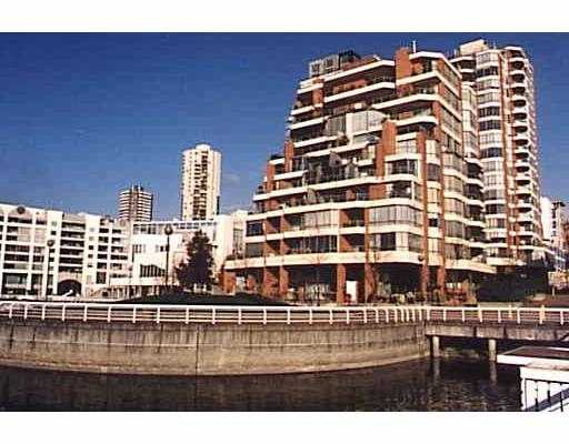 "Main Photo: 201 1675 HORNBY ST in Vancouver: False Creek North Condo for sale in ""SEA WALK SOUTH"" (Vancouver West)  : MLS(r) # V570024"