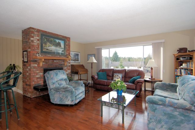 Photo 9: Photos: 4507 CHESTNUT ROAD in COWICHAN BAY: House for sale : MLS® # 350343
