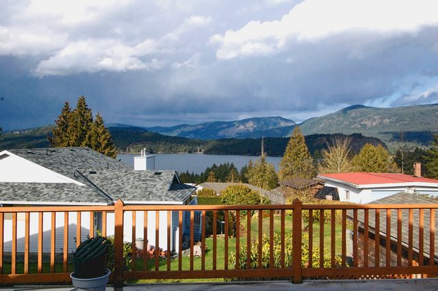 Photo 4: Photos: 4507 CHESTNUT ROAD in COWICHAN BAY: House for sale : MLS®# 350343