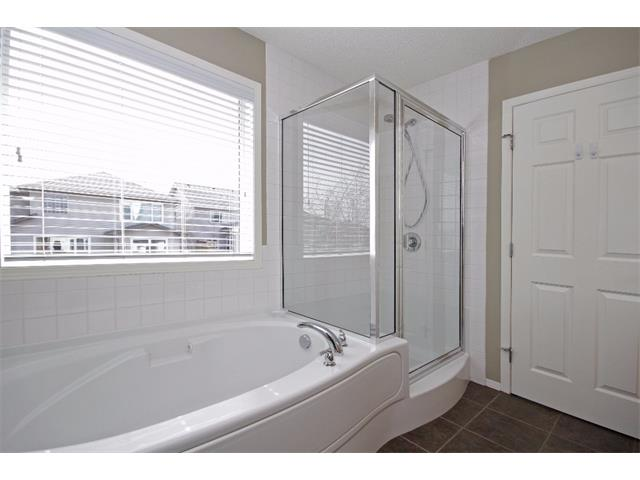 Photo 15: 562 CHAPARRAL Drive SE in Calgary: Chaparral House for sale : MLS(r) # C4006558