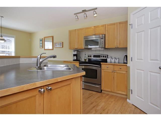 Photo 6: 562 CHAPARRAL Drive SE in Calgary: Chaparral House for sale : MLS(r) # C4006558