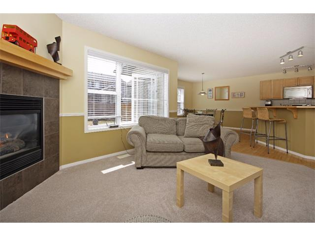 Photo 4: 562 CHAPARRAL Drive SE in Calgary: Chaparral House for sale : MLS(r) # C4006558