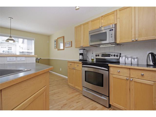 Photo 5: 562 CHAPARRAL Drive SE in Calgary: Chaparral House for sale : MLS(r) # C4006558