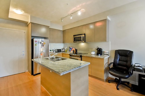 "Photo 3: 201 6430 194 Street in Surrey: Clayton Condo for sale in ""WATERSTONE"" (Cloverdale)  : MLS® # R2020308"