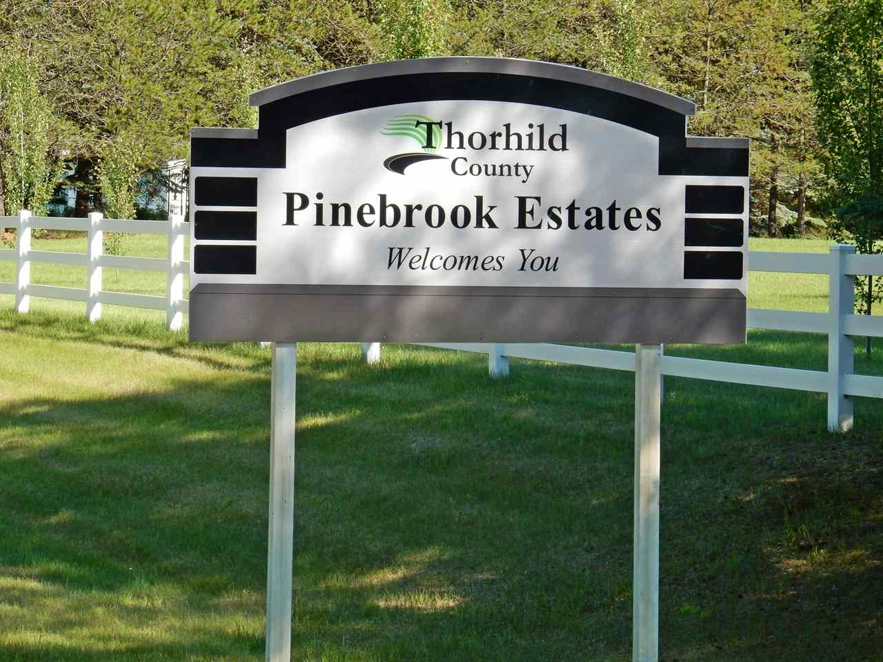 Photo 2: LOT 18 Pinebrook Estates: Rural Thorhild County Rural Land/Vacant Lot for sale : MLS® # E4010007