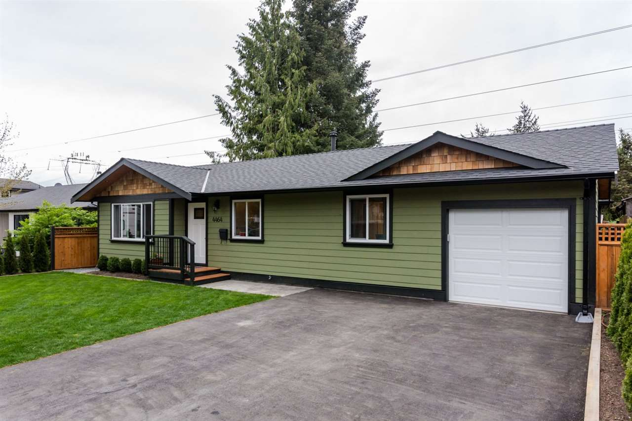 Main Photo: 4464 203 Street in Langley: Langley City House for sale : MLS(r) # R2096337