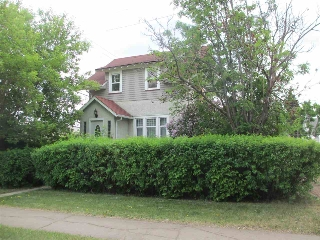 Main Photo: 12419 110 Avenue in Edmonton: Zone 07 House for sale : MLS(r) # E4035339
