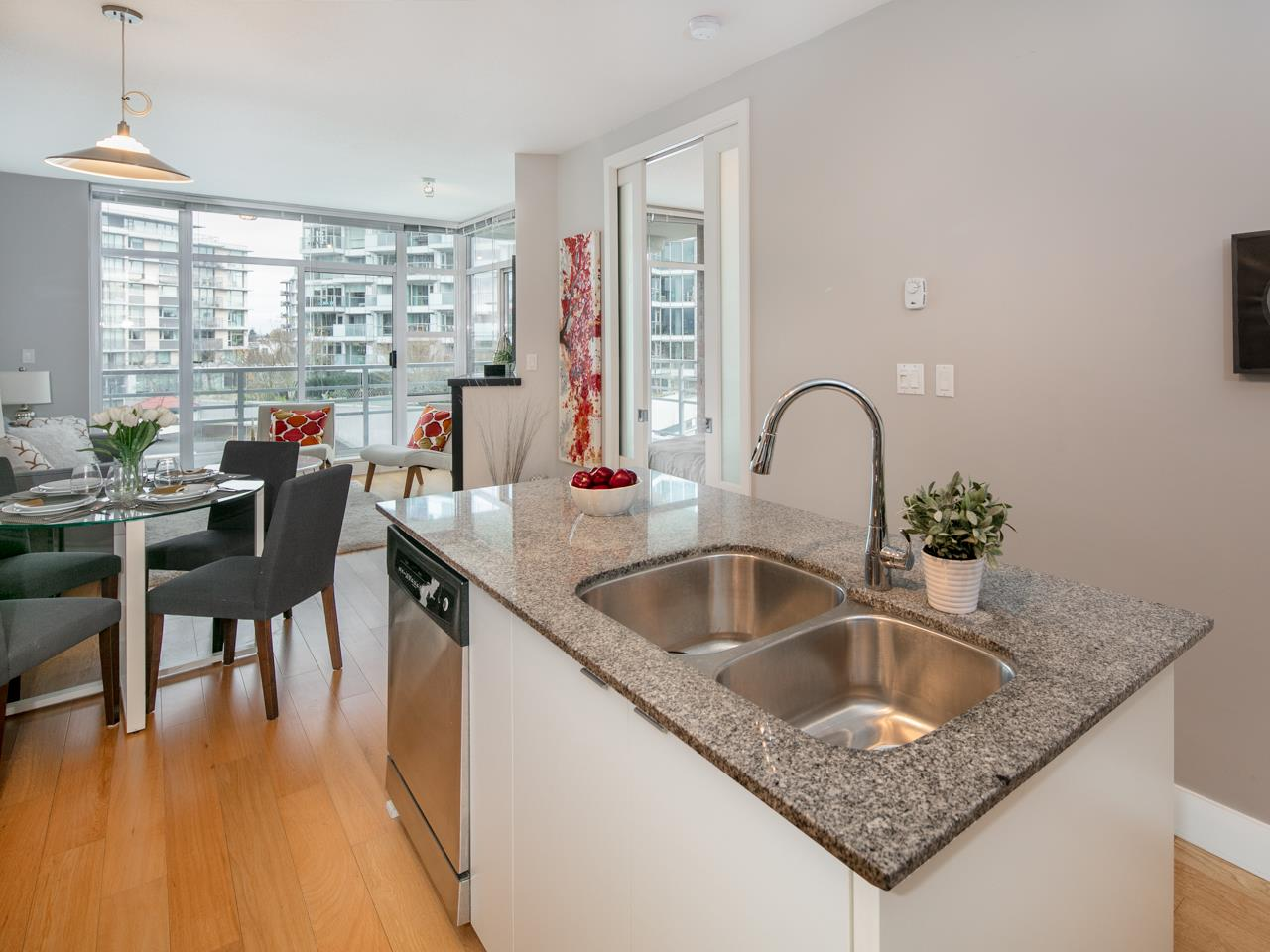"Photo 6: 512 298 E 11TH Avenue in Vancouver: Mount Pleasant VE Condo for sale in ""The Sophia"" (Vancouver East)  : MLS(r) # R2124368"