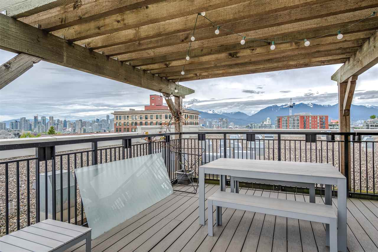 "Photo 16: 206 205 E 10TH Avenue in Vancouver: Mount Pleasant VE Condo for sale in ""THE HUB"" (Vancouver East)  : MLS® # R2169420"