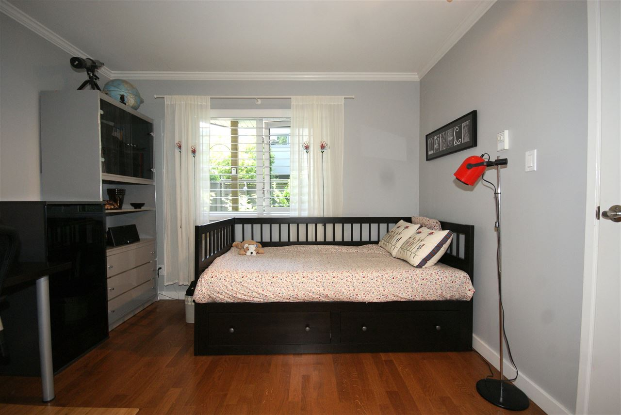 "Photo 12: 1310 W 7TH Avenue in Vancouver: Fairview VW Townhouse for sale in ""FAIRVIEW VILLAGE"" (Vancouver West)  : MLS(r) # R2177755"