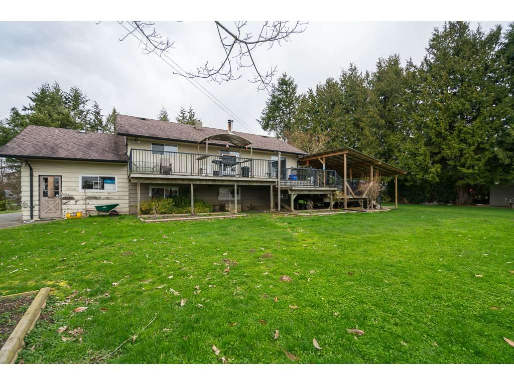 Main Photo: 28376 MCTAVISH Road in Abbotsford: Bradner House for sale : MLS(r) # R2179160
