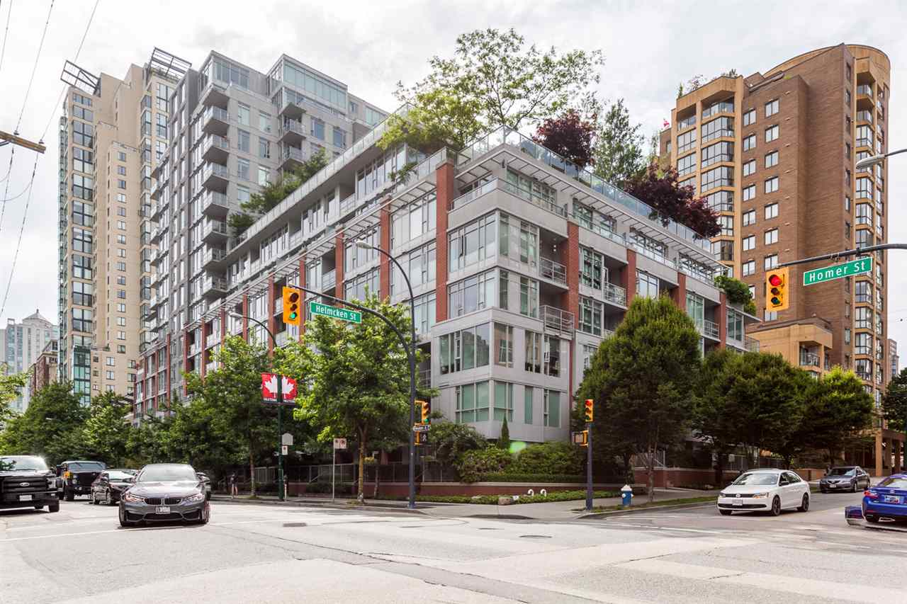 "Main Photo: 617 1133 HOMER Street in Vancouver: Yaletown Condo for sale in ""H + H"" (Vancouver West)  : MLS(r) # R2179922"