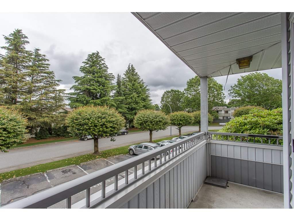 "Photo 18: 103 32950 AMICUS Place in Abbotsford: Central Abbotsford Condo for sale in ""THE HAVEN"" : MLS® # R2180654"