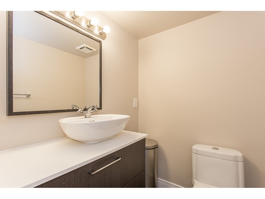 "Photo 14: 103 32950 AMICUS Place in Abbotsford: Central Abbotsford Condo for sale in ""THE HAVEN"" : MLS® # R2180654"