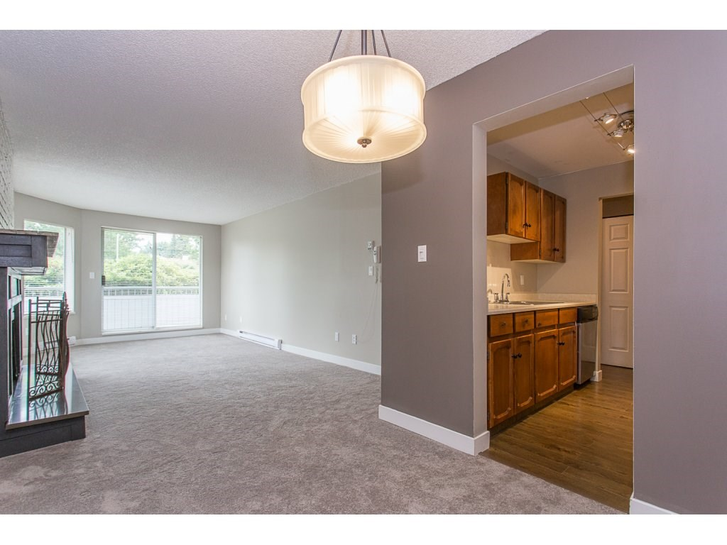 "Photo 6: 103 32950 AMICUS Place in Abbotsford: Central Abbotsford Condo for sale in ""THE HAVEN"" : MLS® # R2180654"