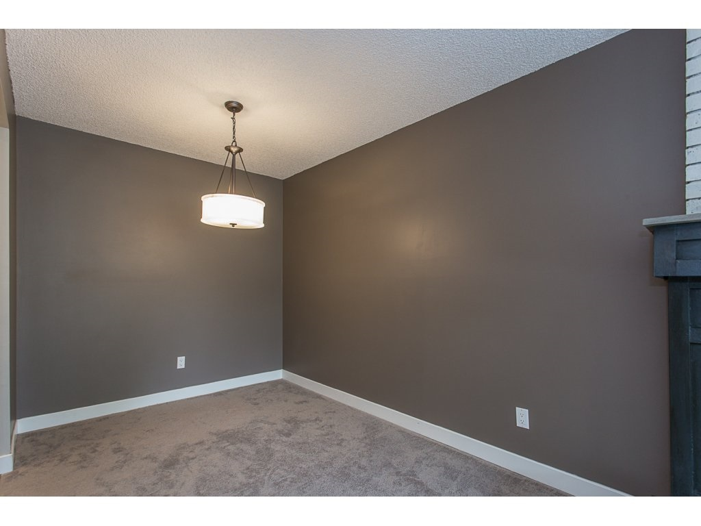 "Photo 8: 103 32950 AMICUS Place in Abbotsford: Central Abbotsford Condo for sale in ""THE HAVEN"" : MLS® # R2180654"