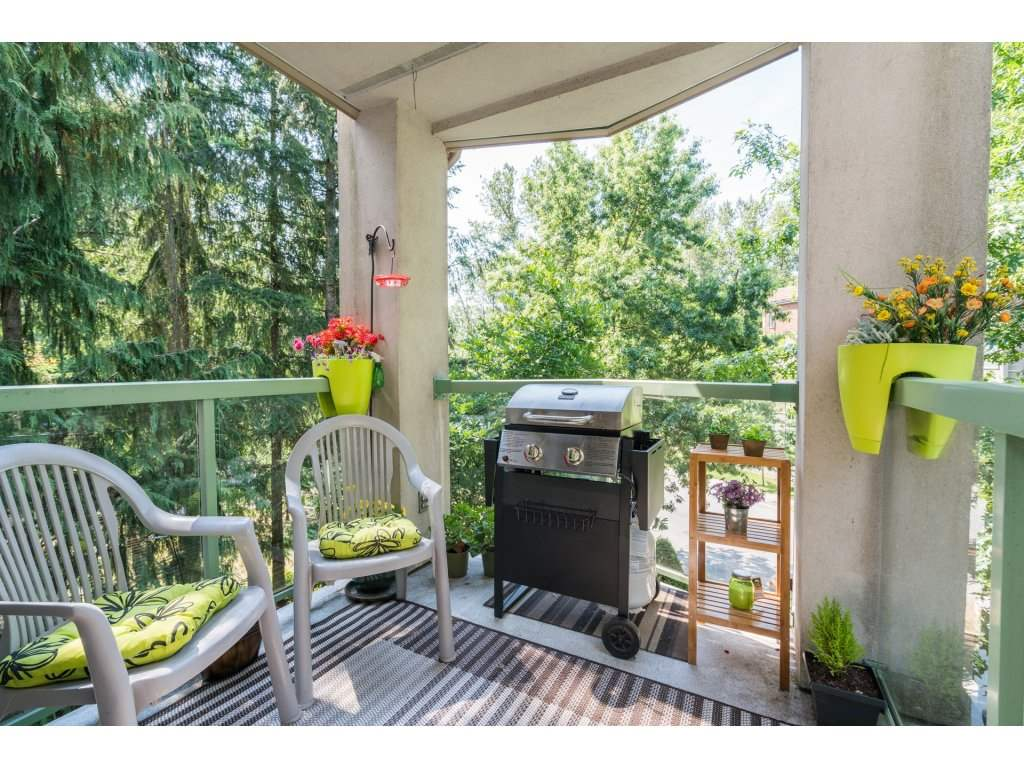 "Photo 2: 306A 2615 JANE Street in Port Coquitlam: Central Pt Coquitlam Condo for sale in ""BURLEIGH GREEN"" : MLS® # R2190233"