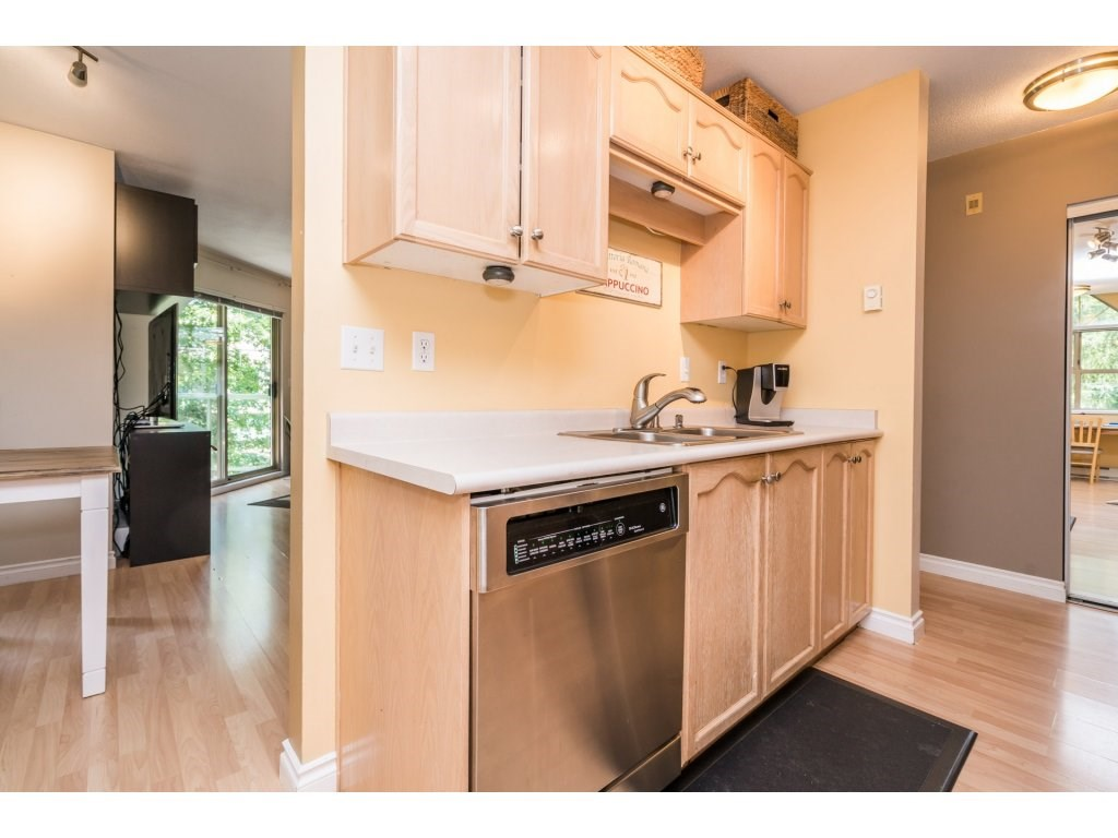 "Photo 12: 306A 2615 JANE Street in Port Coquitlam: Central Pt Coquitlam Condo for sale in ""BURLEIGH GREEN"" : MLS® # R2190233"
