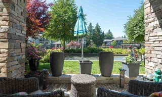 Main Photo: 116 15195 36 Avenue: White Rock Condo for sale (South Surrey White Rock)  : MLS® # R2192480