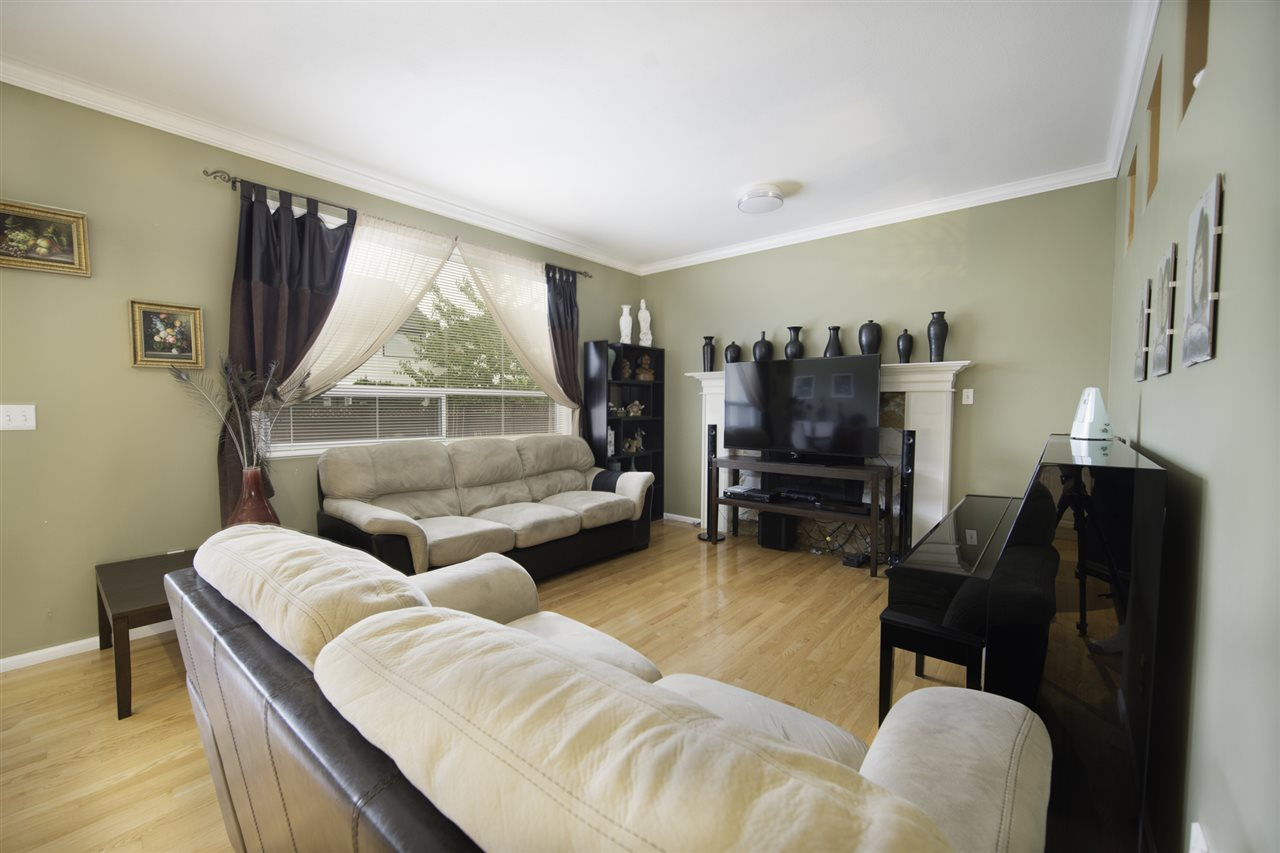 Photo 11: 1286 RIVERSIDE Drive in Port Coquitlam: Riverwood House for sale : MLS® # R2205176