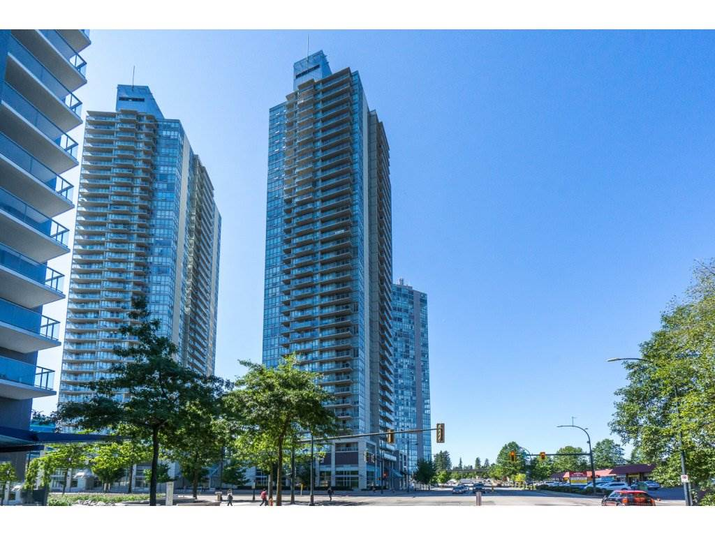 "Main Photo: 1804 13688 100 Avenue in Surrey: Whalley Condo for sale in ""Park Place"" (North Surrey)  : MLS® # R2207915"