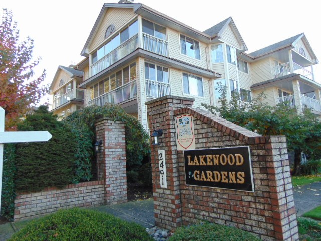 Main Photo: 110-249 Gladwin Road: Condo for sale (Abbotsford)  : MLS® # R2217736