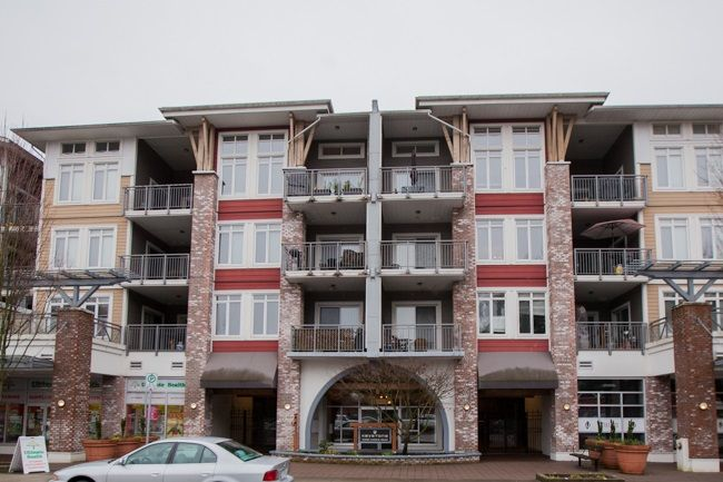 "Main Photo: 311 12350 HARRIS Road in Pitt Meadows: Mid Meadows Condo for sale in ""KEYSTONE"" : MLS®# R2237995"