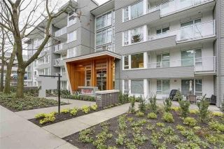 "Main Photo: 413 255 W 1ST Street in Vancouver: Lower Lonsdale Condo for sale in ""WEST QUAY"" (North Vancouver)  : MLS® # R2241083"