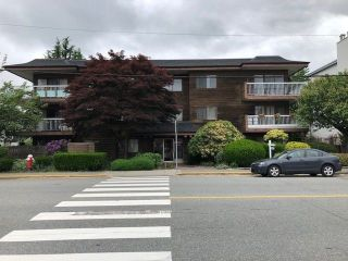 "Main Photo: 105 11957 223 Street in Maple Ridge: West Central Condo for sale in ""ALOUETTE APARTMENTS"" : MLS®# R2269302"