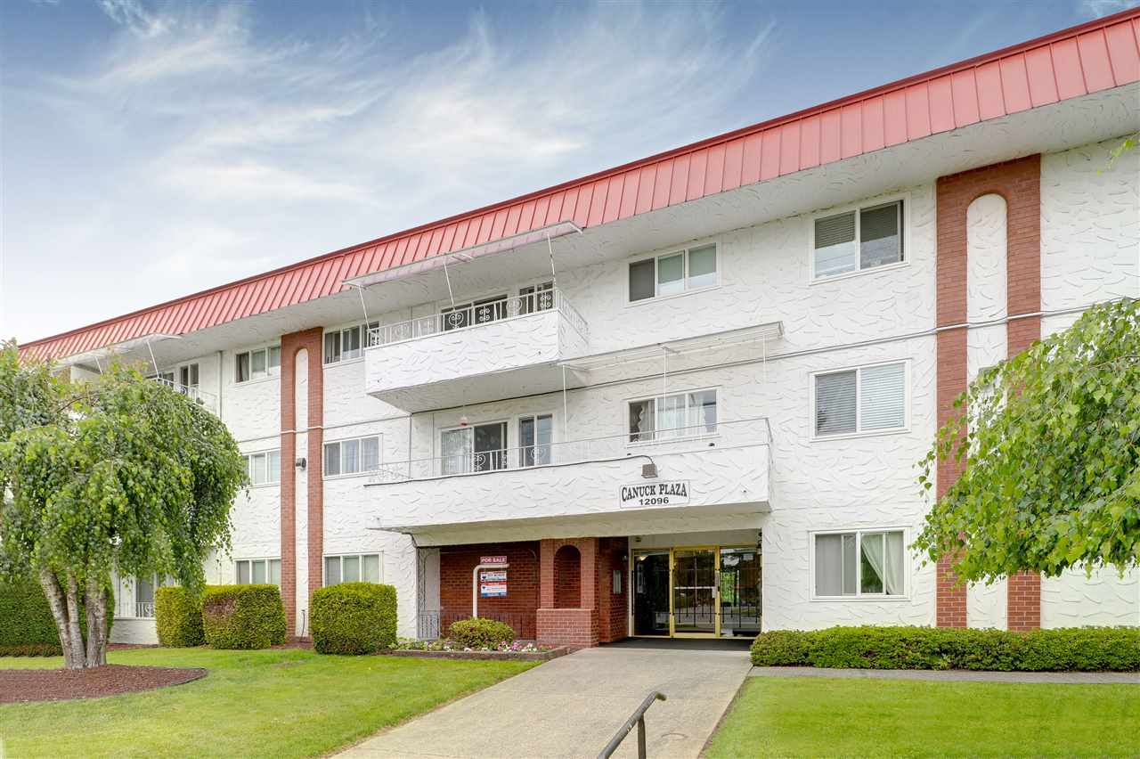 "Main Photo: 202 12096 222 Street in Maple Ridge: West Central Condo for sale in ""CANUCK PLAZA"" : MLS®# R2276877"