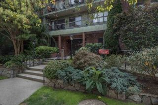 "Main Photo: 336 1844 W 7TH Avenue in Vancouver: Kitsilano Condo for sale in ""CRESTVIEW"" (Vancouver West)  : MLS®# R2302503"
