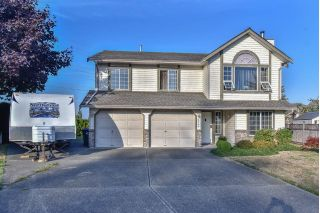 "Main Photo: 9470 156B Street in Surrey: Fleetwood Tynehead House for sale in ""Belair Estates"" : MLS®# R2310719"