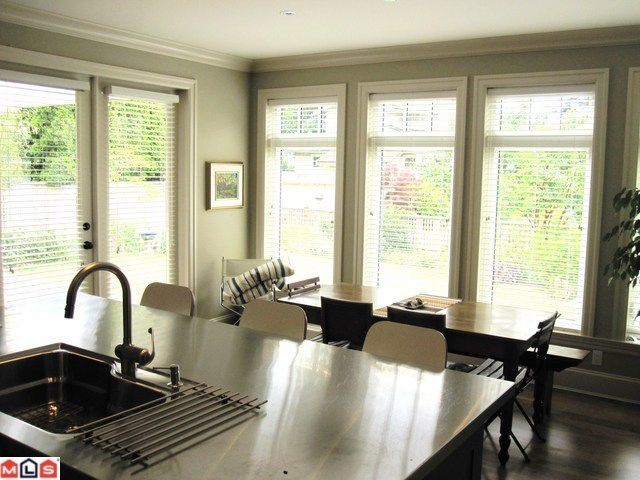 Photo 4: 2623 MCBRIDE Avenue in Surrey: Crescent Bch Ocean Pk. House for sale (South Surrey White Rock)  : MLS(r) # F1118825