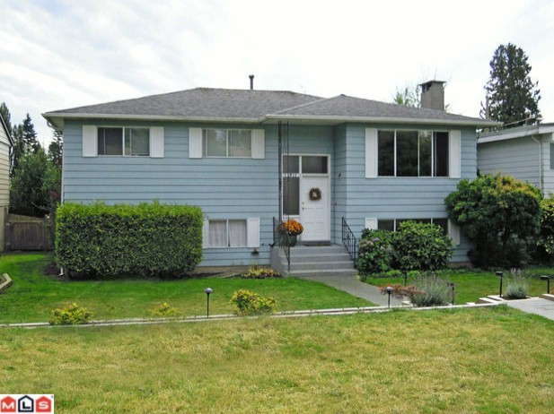 "Main Photo: 13608 BLACKBURN Avenue: White Rock House for sale in ""White Rock"" (South Surrey White Rock)  : MLS®# F1124139"