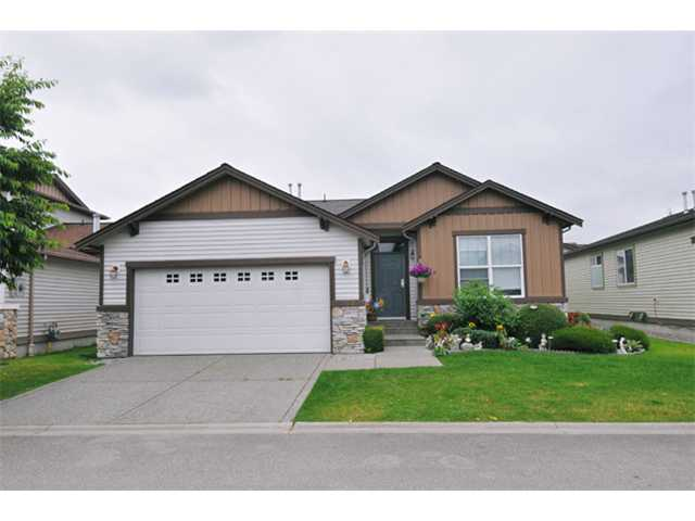 Main Photo: 152 19639 MEADOW GARDENS Way in Pitt Meadows: North Meadows House for sale : MLS® # V902175