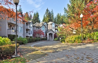 Main Photo: 104 3280 Plateau Boulevard in Coquitlam: Westwood Plateau Condo for sale : MLS®# V919731