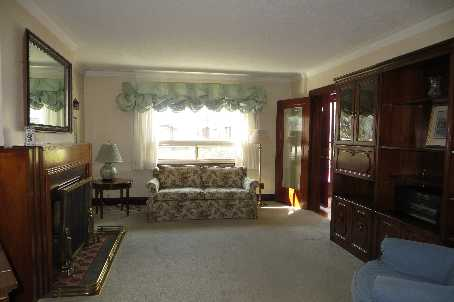 Photo 2: 67 Southvale Drive in Toronto: Leaside Freehold for sale (Toronto C11)  : MLS(r) # C2615937