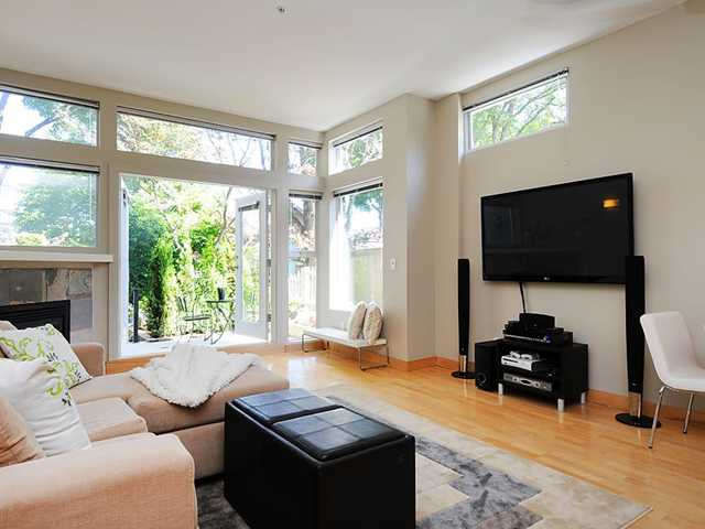 Main Photo: # 104 980 W 22ND AV in Vancouver: Cambie Condo for sale (Vancouver West)  : MLS® # V1019648