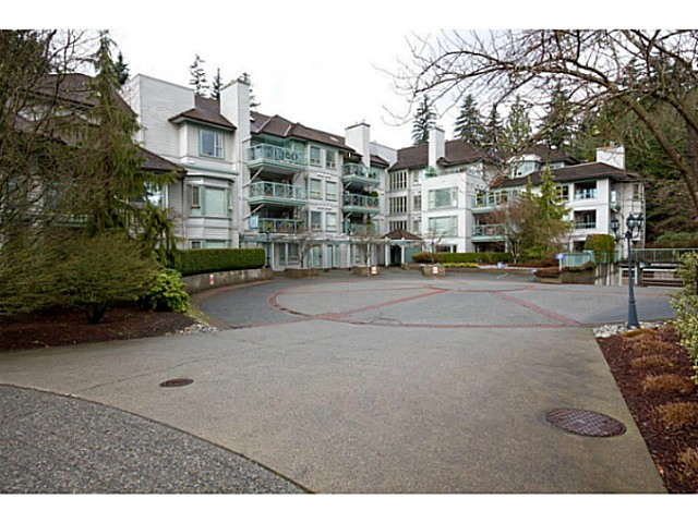 "Main Photo: 402 3658 BANFF Court in North Vancouver: Northlands Condo for sale in ""The Classics"" : MLS®# V1028992"