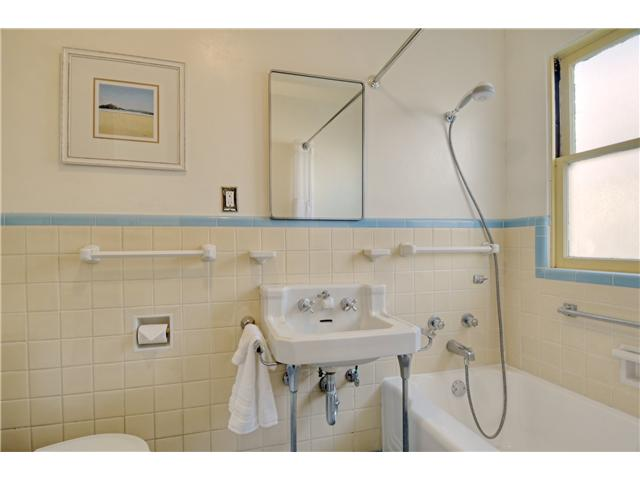 Photo 8: SAN DIEGO Home for sale or rent : 2 bedrooms : 1405 28th
