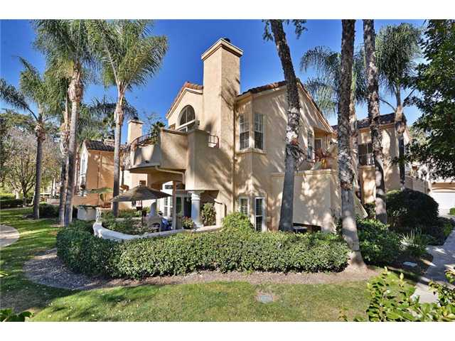 Main Photo: TIERRASANTA Condo for sale : 2 bedrooms : 11172 Portobelo Drive in San Diego