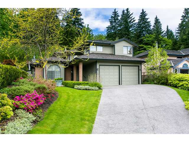 Main Photo: 4146 BEAUFORT Place in North Vancouver: Indian River House for sale : MLS® # V1066540
