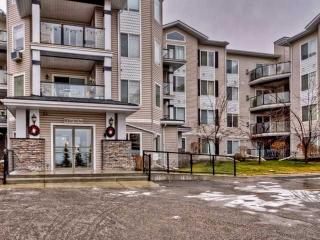 Main Photo: 411 345 ROCKY VISTA Park NW in Calgary: Rocky Ridge Ranch Condo for sale : MLS(r) # C3646088